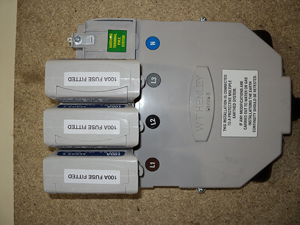 Three phase?rendition=imagePreview uk power networks what's the difference between a single phase 3 phase fuse box at reclaimingppi.co